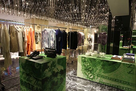 Acne Studios Pop-up Store Opens at Isetan Shinjuku – Limited Dresses and T-shirts Available