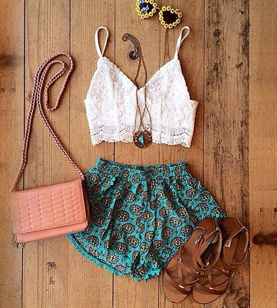 Festival outfit refreshing something different than the cut off jeans