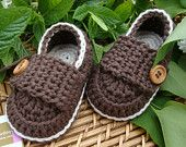Crochet  baby boy booties shoes little  loafers cream and chocolate  size 3/6 months ready to ship with gift box