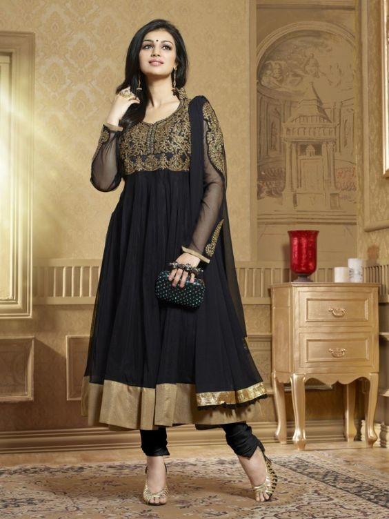 Read this:http://www.gynye.com/gynyeblog/salwar-kameez-and-salwar-suits-online-for-this-wedding-season/