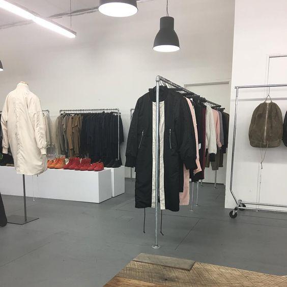 showroom //