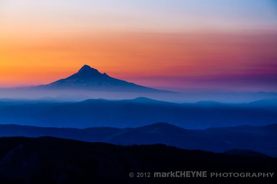 Peak layers by Mark Cheyne, via 500px