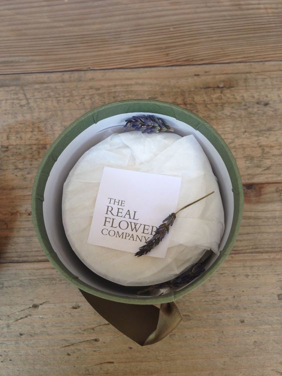 The Real Flower Company Candle