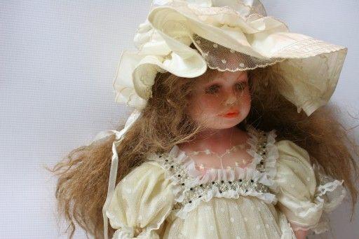 Lalka Z Francji Porcelana Christine Et Cecile 7405408640 Oficjalne Archiwum Allegro Cecile Christine Winter Hats