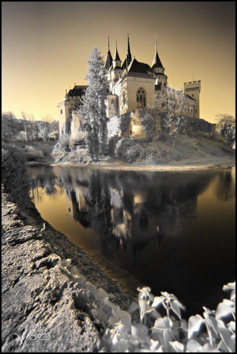 Château des esprits en hiver - Bojnice, Slovaquie: