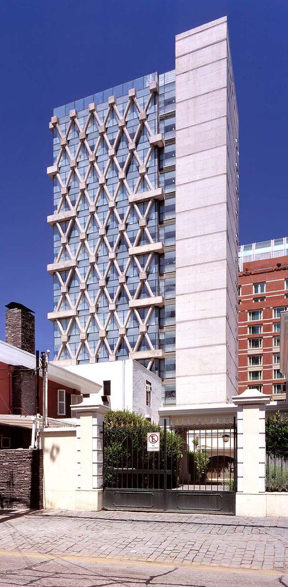 Las Condes Town Council Building|undurragadeves