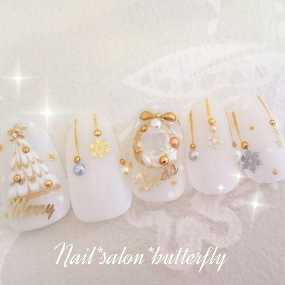 ネイル 画像 Nail Salon Butterfly 鹿沼 1204924 クリア ゴールド スモーキー ホワイト シースルー パール ビジュー マット クリスマス 冬 ソフトジェル ハンド ミディアム