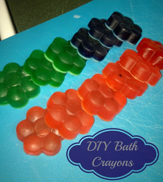 Kids love playing in the bath tub. Learn how simple it is to make your own DIY Bath Crayons so that they can have fun in the tub!