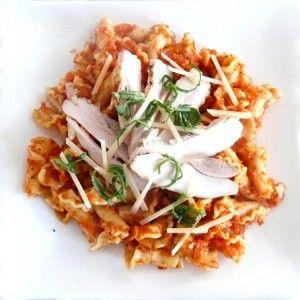 Campanelle all'Arrabbiata Rustica con Pollo all'Aglio (little bell-shaped pasta with a spicy rustic sauce and garlic chicken)