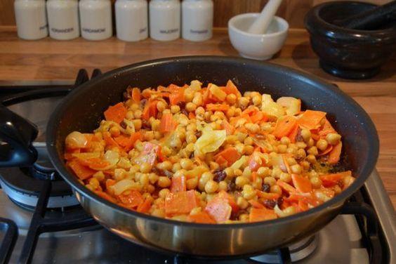 Kichererbsenpfanne Nach 5 Elemente Kueche 5 Elemente Kuche Rezepte Essen Fur Die Seele