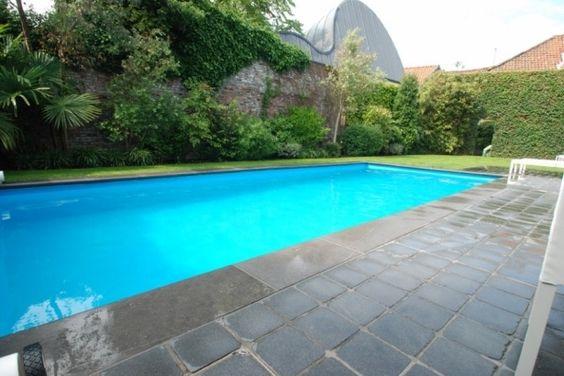 Zwembaden demeyere zwembad renovatie in bestaande kuip for Renovatie zwembad