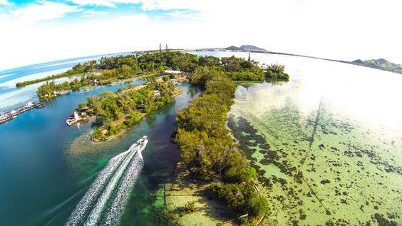 Kaneohe Bay, Oahu, Hawaii.Coconut Island (Moku O Loe) is home to the Hawaii Institute of marine Biology  .dji phantom drone