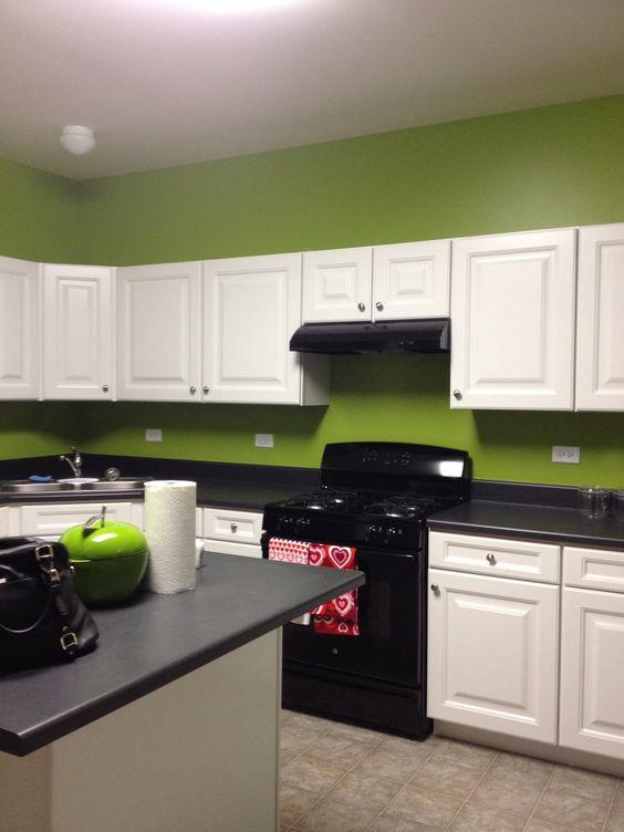 My kitchen is my dream kitchen! #luckygirl #green #greenkitchen #kitchen #bitchinkitchen