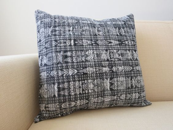 ikat, ikat pillow cover, home decor, holiday gifts, gifts for the home, gifts for her, gifts under 50, holiday shopping