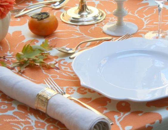 Elegant Table Setting Makes Your Dining Room Amazing : Bright Fall Table Setting Idea Ideas