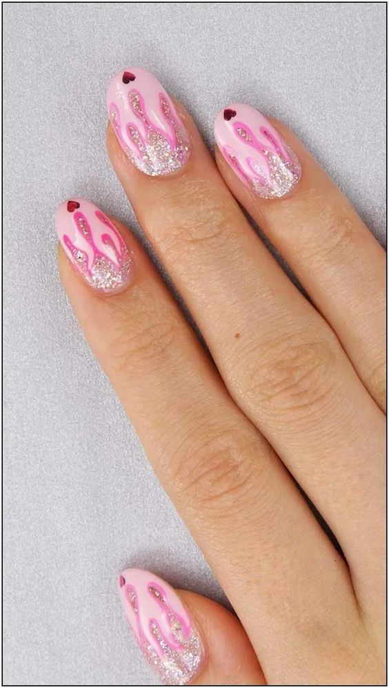 193 really creative red nail arts page 34 | Armaweb07.com
