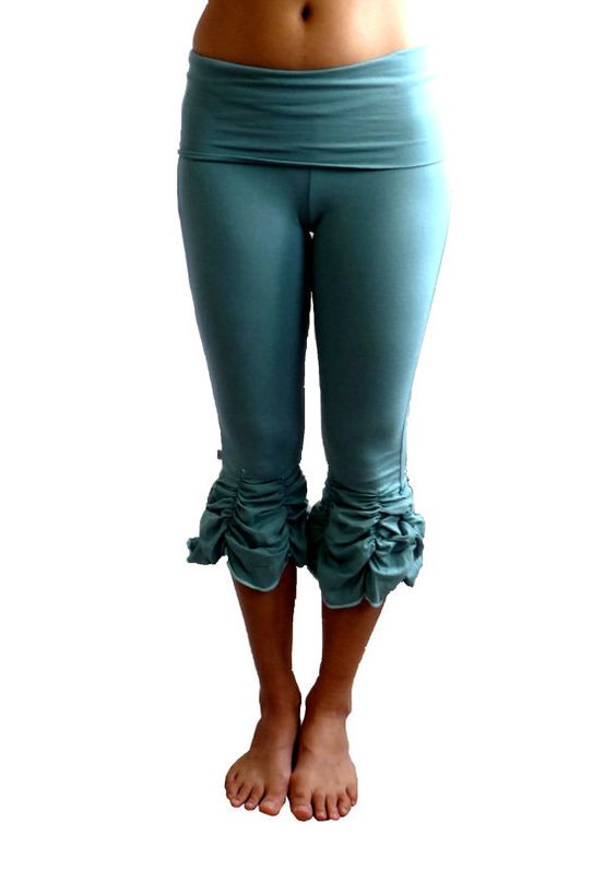 Fold Over Yoga Capris Photo Album - Reikian