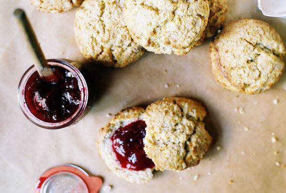 Honey oat scones