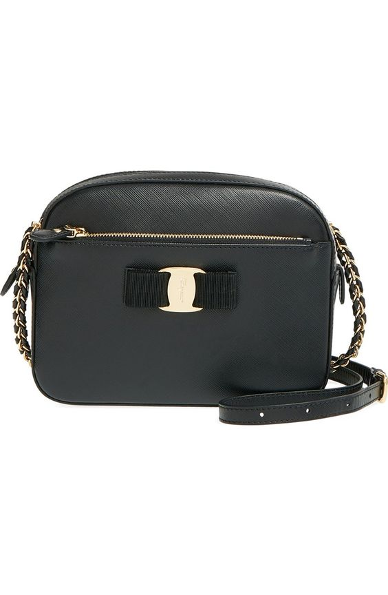 Salvatore Ferragamo Lydia camera bag in Nero