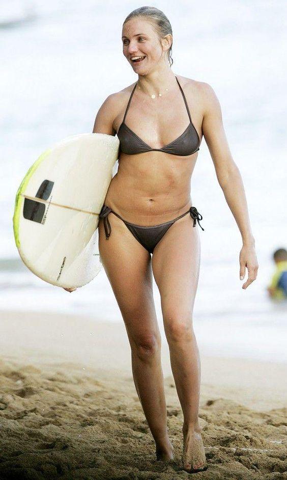 Cameron Diaz Hot Bikini Pics