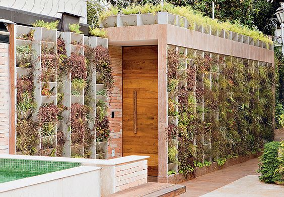 : Green Wall, Vertical Gardens, Fav Gardens, Concrete