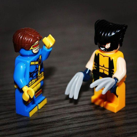 Cíclope Vs Lobezno Quién ganará? Fight! #Lobezno #Ciclope #XMen #Marvelpics #Marvel #Comic #Comics #legostagram #lego #LegoArt #Wolverine #Blocks #Minifigures #Minifiguras by lazzabg