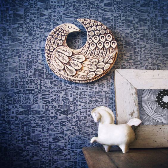 Round bird wall plaque. Scandinavian Mod style by kenguroo on Etsy