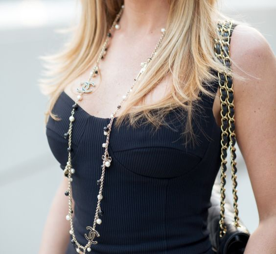 Chanel charm necklace on @ChicagoCatWalk