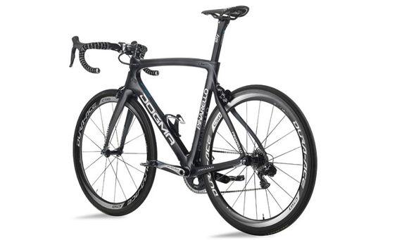 bicicleta de carreras del Team Sky, la Pinarello Dogma F8.