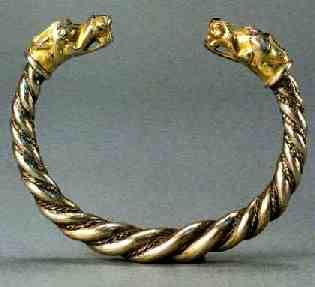 viking age the gotlandic arm ring with gilded animal head terminals vikings pinterest. Black Bedroom Furniture Sets. Home Design Ideas