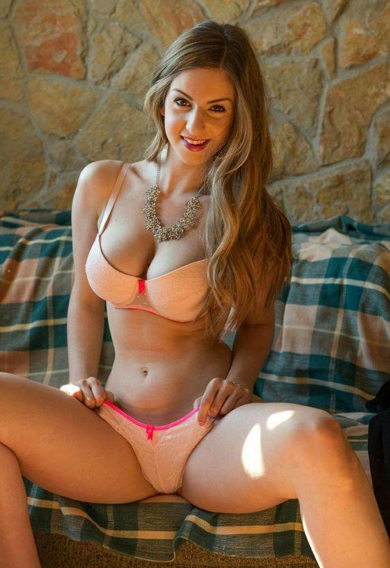Models naked blond spreadeagled