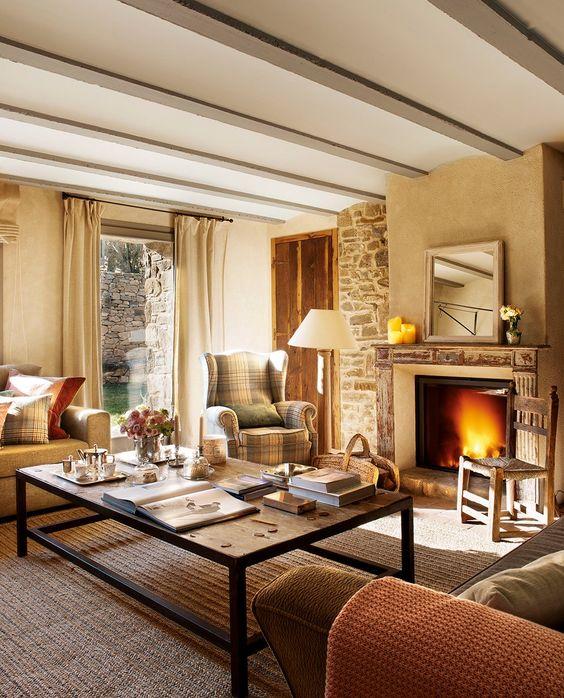 Una casa r stica con toques de estilo franc s elmueble - Salones de casas rusticas ...