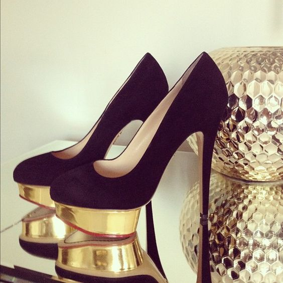 Black suede pumps with gold platforms | tumblr | // Shoes (Oh My ...