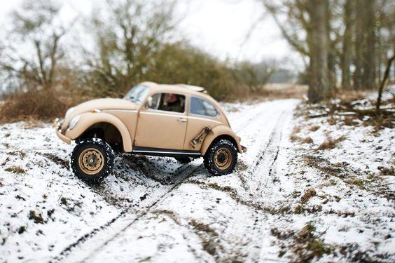 Unaufhaltsam: Das Fahrgestell macht den Käfer zum ultimativen Geländewagen....