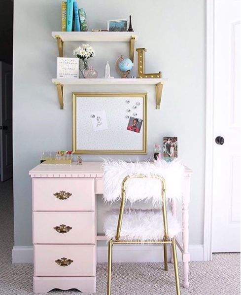 This pretty in pink desk with pizzazz. | 17 Desks That Will Make You Want To Actually Get To Work