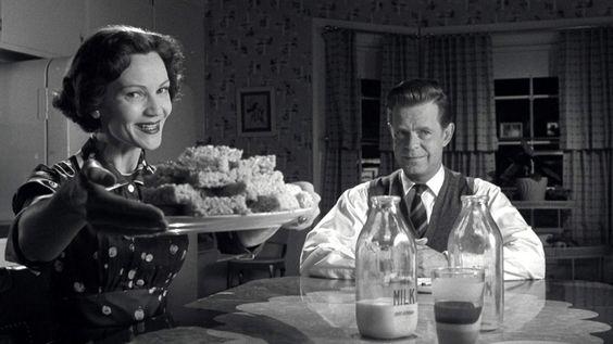 Joan Allen and William H. Macy in Pleasantville (1998)