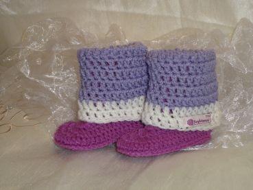 Stulpenschuh-flieder/lila ,gehäkelt,Babyschuh,baby booties, crochet