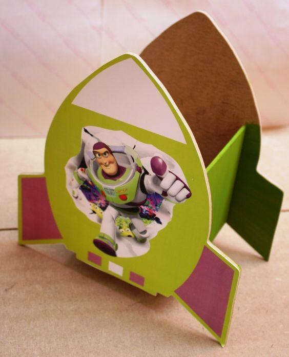 Centro de mesa de buzz light year para fiestas infantiles - Decoracion goma eva infantil ...
