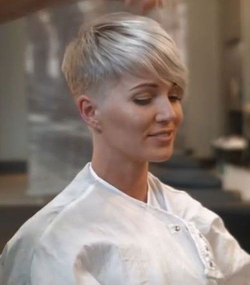 94 Awesome Short Layered Haircuts For Fine Hair 2019 In 2020 Thin Fine Hair Short Hair Styles Pixie Haircuts For Fine Hair