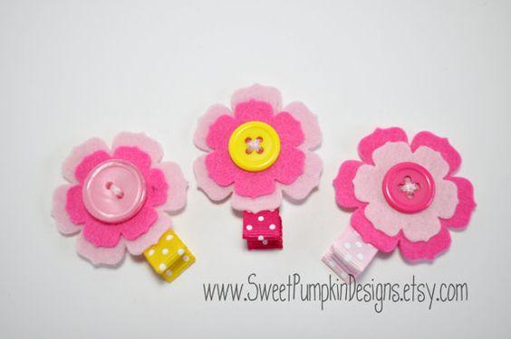 Felt Flower Clips  Pink Lemonade Colored door SweetPumpkinDesigns, $7.95