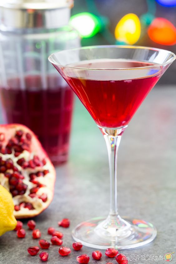 Deck the halls with Pomegranate Martinis!  This adult drink will be a holiday hit!