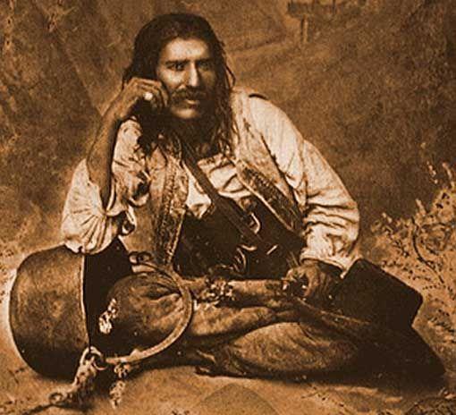 Gypsy man from (or, of) Kotelkom.  Цыган с котелком.