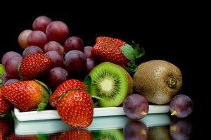 Demos la bienvenida a las frutas de primavera