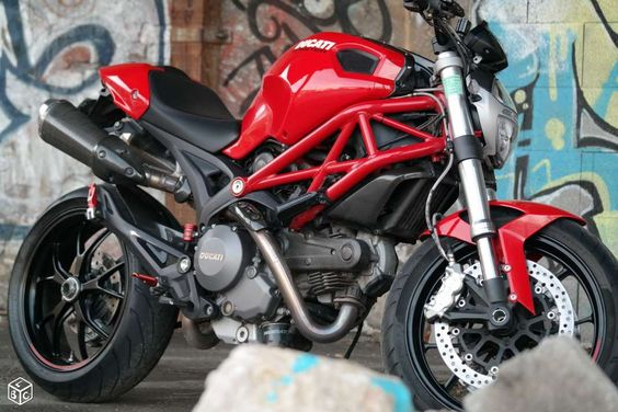 Ducati Monster 796 ABS bien équipée Motos Isère - leboncoin.fr