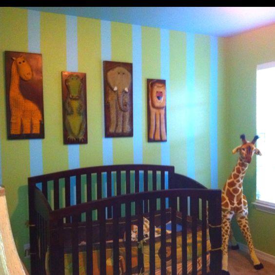 Decorating little boys room animal theme