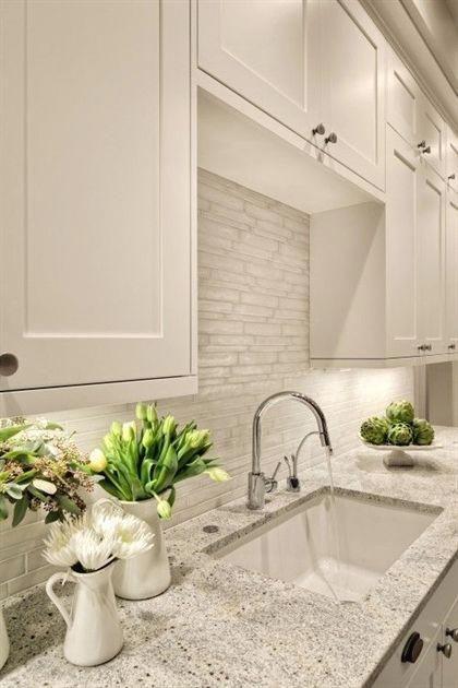 Light Countertop With White Cabinets Alternative Backslash To Subway Tile Faucet Style Kit Trendy Kitchen Backsplash Trendy Kitchen Tile Kitchen Backsplash