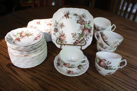 Set of Johnson Brothers China Harvest Time Pattern by gremlina, via Etsy. sweet country stuff...