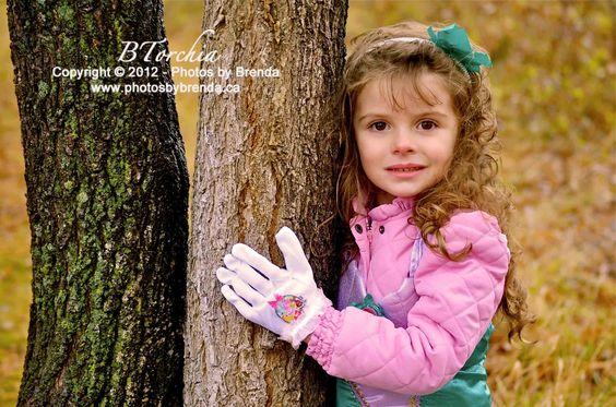 Photos by Brenda - Children's Photography. COPYRIGHT © Photos by Brenda - DO NOT COPY -
