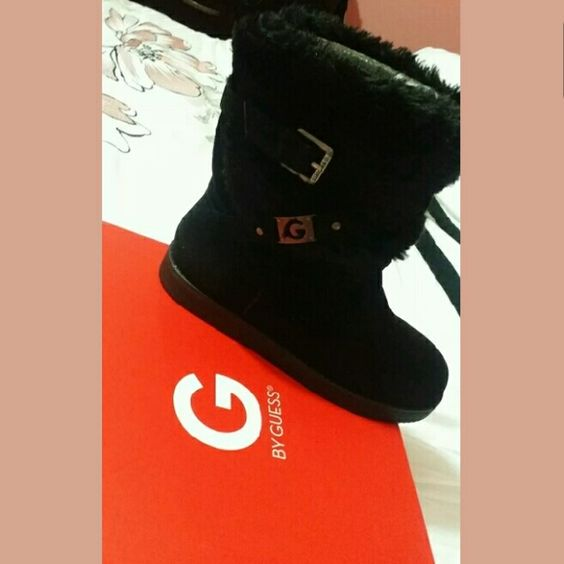 Guess black winter boots size 7 Brand new original box never used black boots  Great for cold weather Guess Shoes Winter & Rain Boots