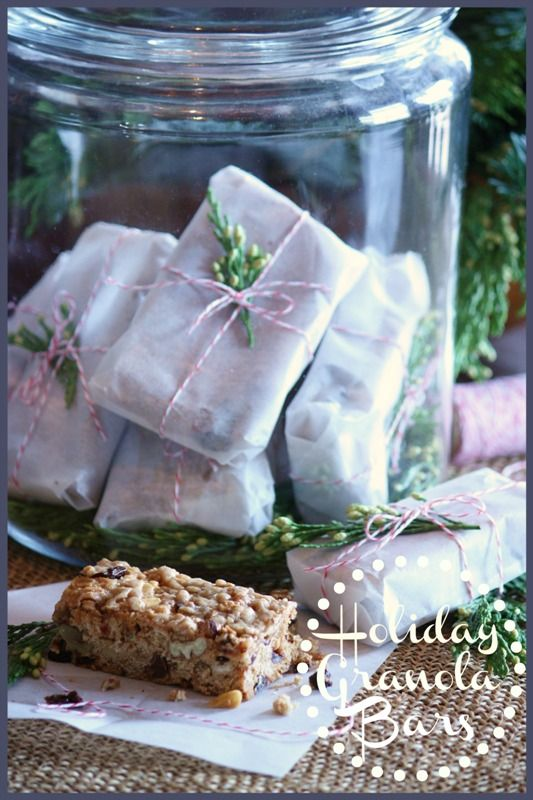 StoneGable: STONEGABLE HOLIDAY GRANOLA BARS (i love how they are wrapped)